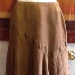 Dresses & Skirts - 🍀Women's skirt-28 inches waist🍀
